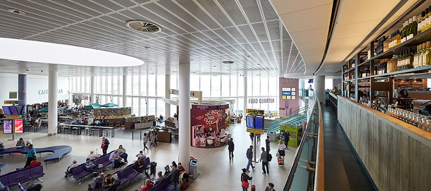 Airport facilities at Manchester Airport