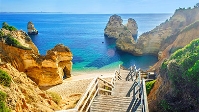 Fly direct to the Algarve from Manchester